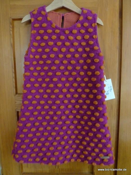 Kleid mit Tupfen