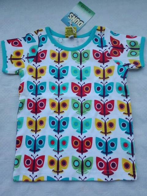 shirt bunte Schmetterlinge