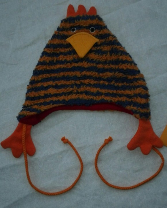 Mütze Huhn Erna gestreift