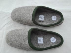 Wollfilz Pantoffeln aus dem Erzgebirge grau / 36